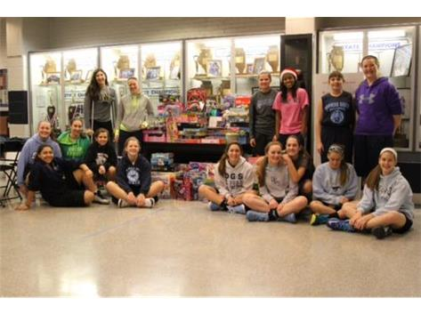 DGS Girls Basketball supporting Toys4Tots