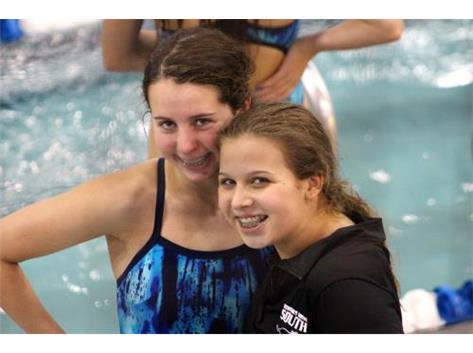DGS VS Leyden - Kaitlyn and Karoline