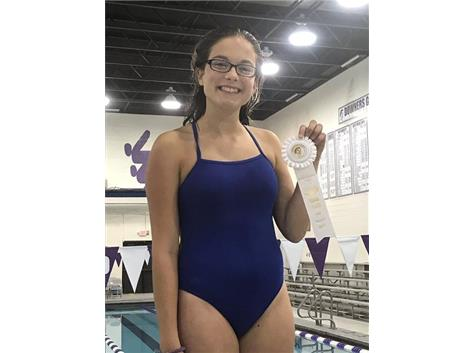 Gianna - 3rd Place Diving