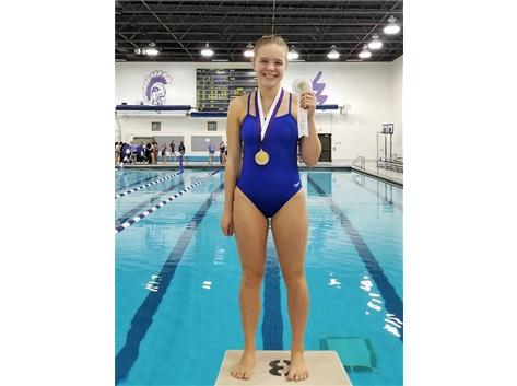 Emma - 3rd Place 500 Freestyle