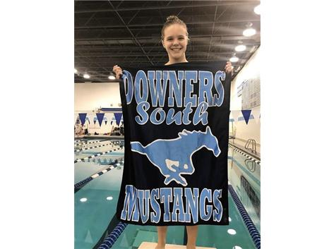 Emma - 2nd Place Varsity 500 Freestyle