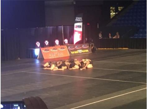 DANCERS PERFORM AT IHSA STATE 2018
