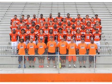"<br> <font size=""4"">Varsity Football Team</font> <br><br> <font size=""3"">( 2016 - 2017 )</font> <br><br><b>Fall</b>"