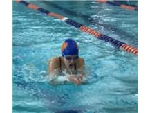 Adrianna Modelska showing fine form swimming Breaststroke vs Leyden