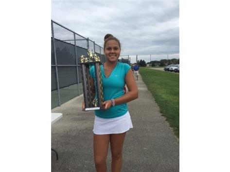Kolie Allen, 2015 USTA Girls-18 (Wisconsin) Champion, record-setting 10 aces.