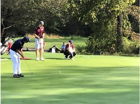 Lou watches his birdie putt on the 11th green during Sectionals at Silver Ridge Golf Club in Oregon