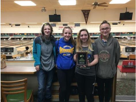 Girls JV Bowling wins High Game at ZeeBee Invite Tournament