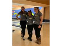 Congrats to Natalia Owczarek, Breanna Pimentel and Jenna Batson on advancing to the IHSA Bowling Sectional