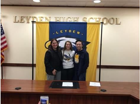 Congratulations to Tara Mackey on signing her letter of intent to play softball on athletic scholarship for Reinhardt University in Georgia