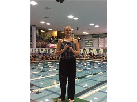 Congrats to Alyssa Klug on finishing 2nd in the 150 and 300 Free at Freshmen Conference!