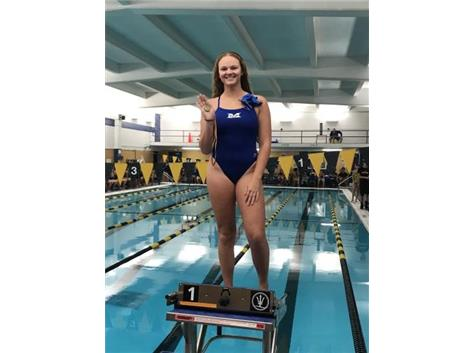 Alyssa Klug places 1st in the Varsity 50 Yard Free!