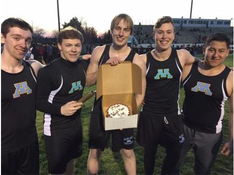 Throwers win Elgin Invite