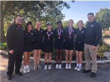 Girls Golf advances to IHSA Sectional