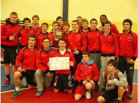 Marist Varsity Wrestling victorious at The Clash XII National Tournament in Minnesota January 4, 2014