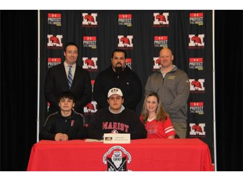NSD 2017 David Tischina with family USF Coach Joe Curry and Coach Dunne signing with St. Francis football.