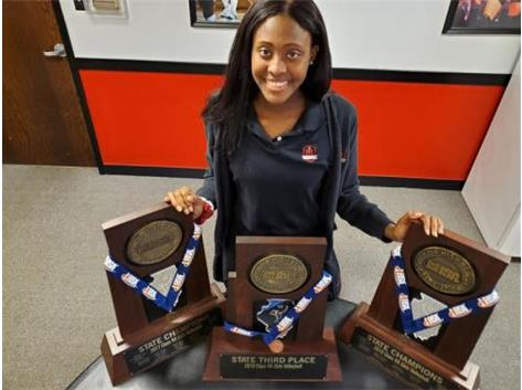 Camryn Hannah led Marist to three straight State appearances for Marist Volleyball, The teams won State Championships in 2017 and 2018 and placed 3rd in 2019