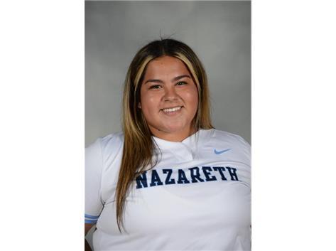 Senior Gianna Lopez