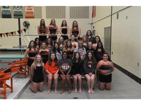 2020 Varsity Girls Swimming & Diving Team