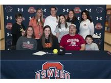 Annie Scaramuzzi signs to continue playing Softball at University of Missouri St. Louis