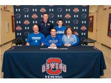Noah Parker signing with University of Dubuque to continue playing Football