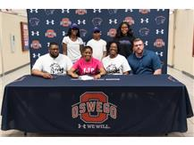 Dyiamon Williams signs with Joliet Junior College to continue playing Basketball