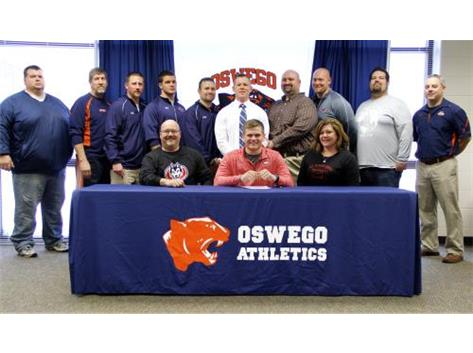 Zach Hegseth signs to play Football for St Cloud