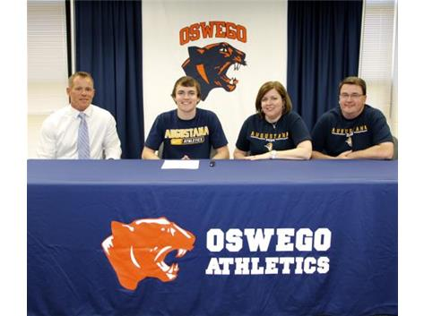 Ryan Hennessy sign with Augustana College - Football