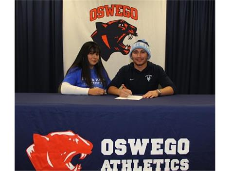 Willie Rodriguez signs to play football at University of Upper Iowa