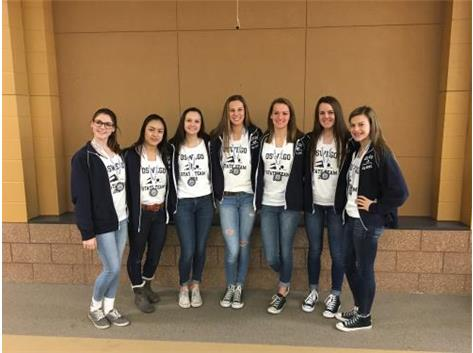 2016 Girls Swimmers off to State