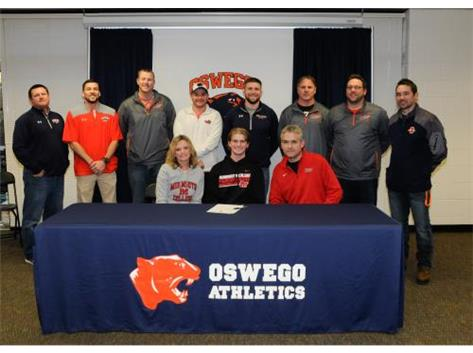 Nathan Willig signs to continue playing Baseball at Monmouth College