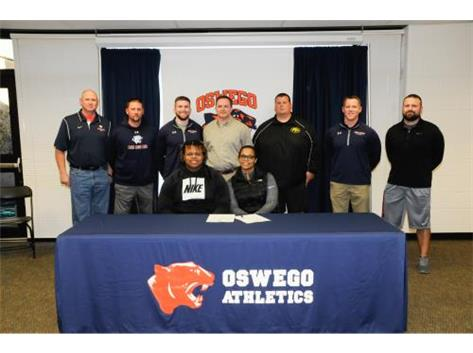 Joe Bostic signs to continue playing Football at the University of Wisconsin Eau Claire.