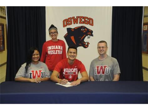 Ray Chmielinski signs to continue playing Football at Indiana Wesleyan University.