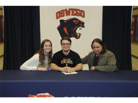 Nick Cecchi signs to continue playing Baseball at North Park University.