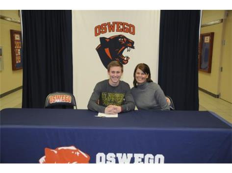 Jack Ponx signs to continue playing Baseball at St. Norbert University.