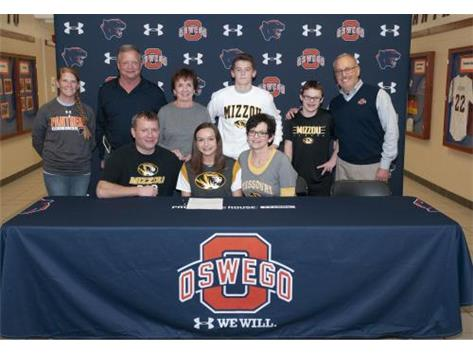 Isabella Christiansen signs to continue running Cross Country at  University of Missouri