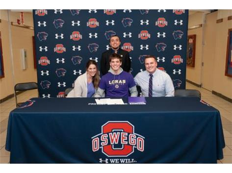 Hayden Castle signing with Loras College to continue playing Volleyball