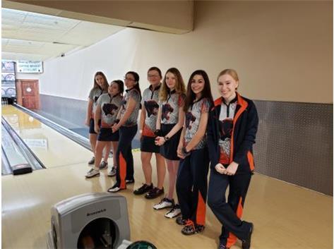 Varsity Team at Wildcat Invite 2019