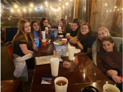 Team Dinner at Mid-State Tournament 2019