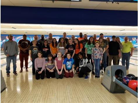 Father Daughter Bowl Group Pic 2020