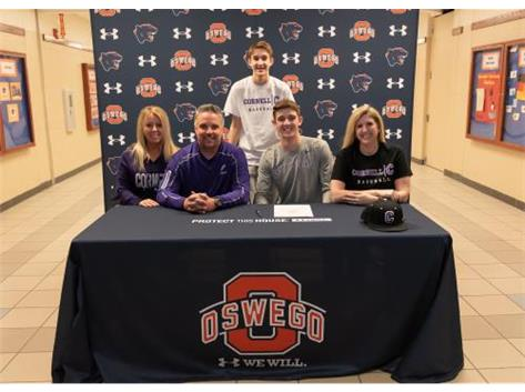 Darren Mancke signs with Cornell College to continue playing Baseball.