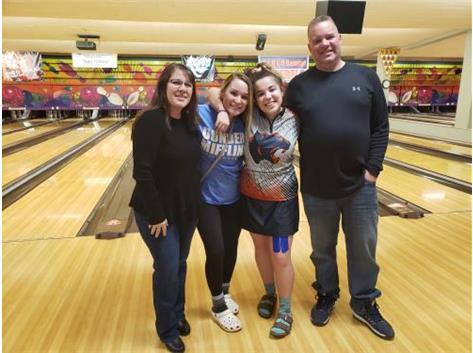 Savanna Jourdan with Family @ 2020 Sectional Tournament