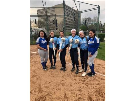 Senior's Mireles and Dennis honors Downers Grove South Seniors on Senior Day 5.8.19