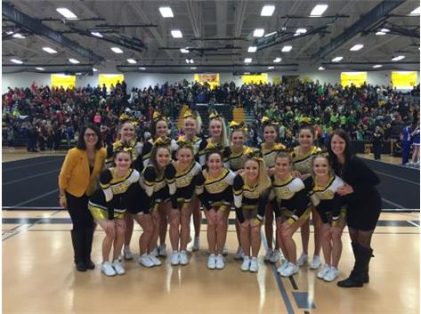 RCHS Cheer Placed 2nd at the IHSA Sectional Competition to qualify for the State Competition for the 3rd year!