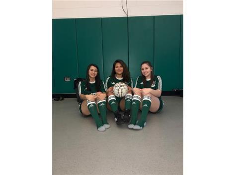 Daniela Santoro, Michelle Montoya, Natalia Czachorowski