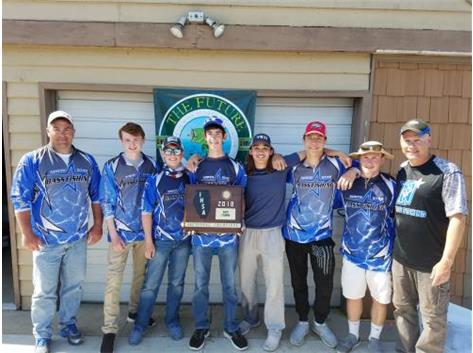 Bass Fishing qualifies for the State Tournament by winning the Sectional Championship