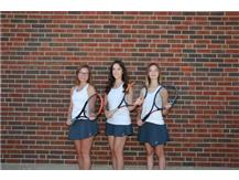 2021 Girls Tennis Captains (L-R): Anna Meltzer, Jenica Francis, Tori Arduini