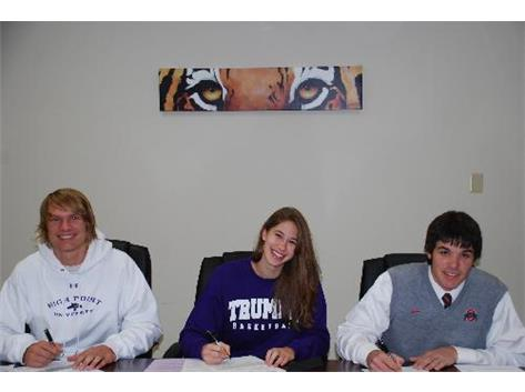 Tyler Cook signs with High Point. Kasey Gassensmith signs with Truman St. Tee-K Kelly signs with Ohio St.