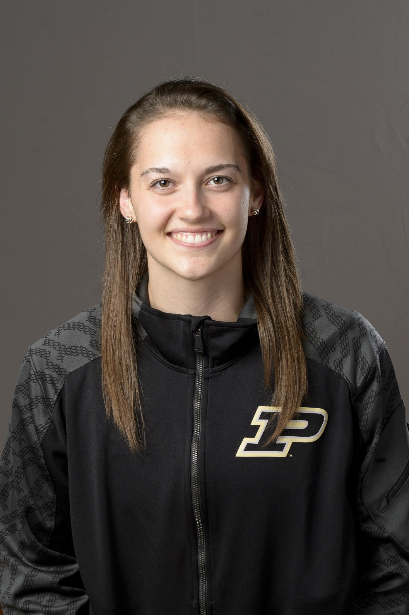 Evans averaged 2.34 digs per set as a redshirt freshman setter/hitter for the Boilermakers in 2014.
