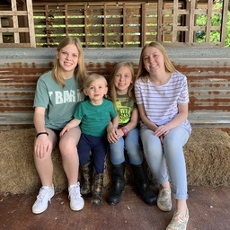 Perry Family Lemonade Stand for Rwanda