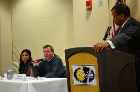 Arcie Rothrock and Will Vandenberg take a question from Chamber moderator Brian Brown.